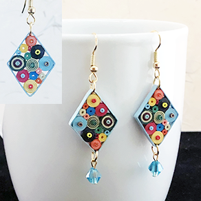 Quilled Paper Treasures - Diamond earrings in multiple colors with blue border